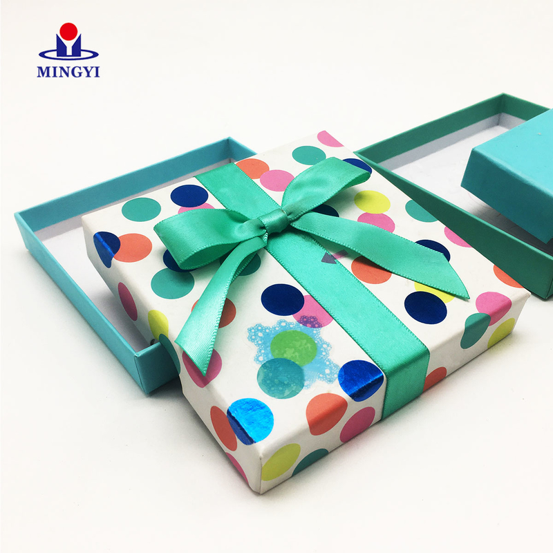 Small cute candy gift box for kids
