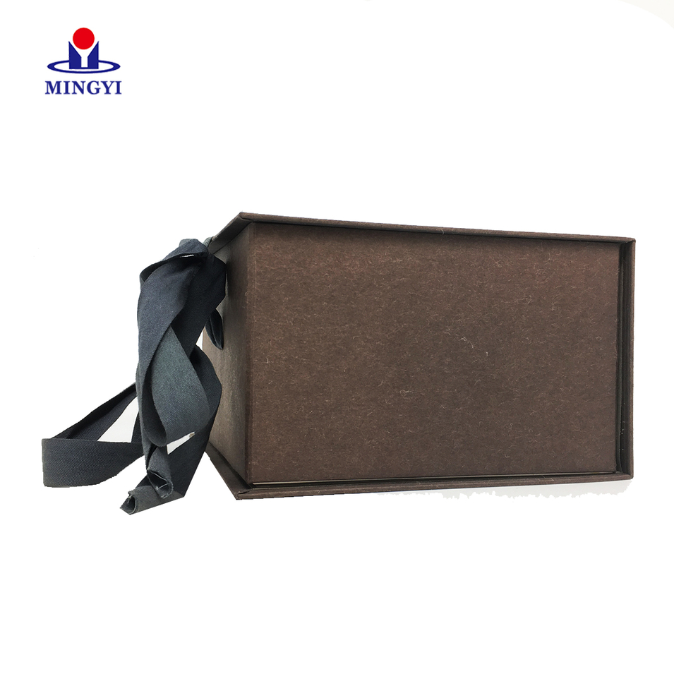 Clamshell chocolate gift packaging box with ribbon closure