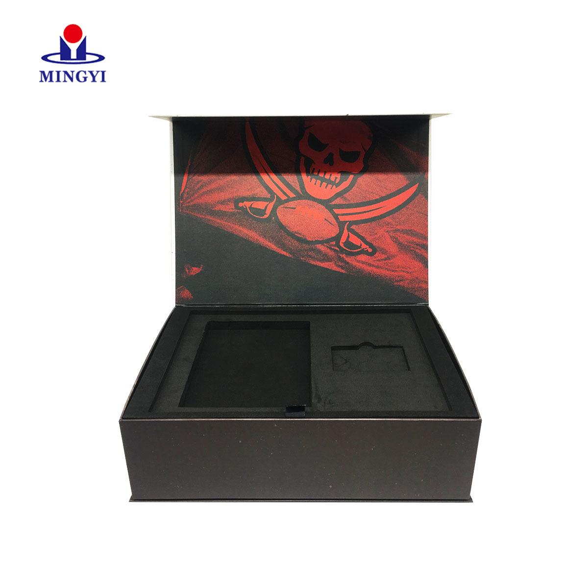 2019 new design luxury souvenir gift packaging box with EVA material custom logo