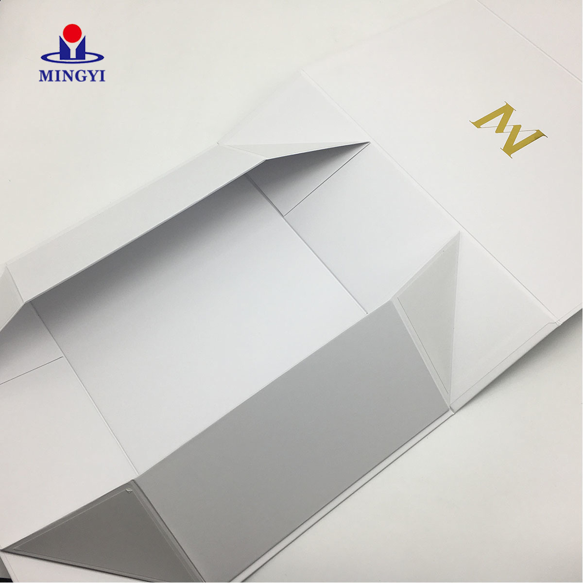 Custom Clothing Hat Small White Carton Hair Baby Shoe Corrugated Retail Printed Cartoon Box Window Packaging