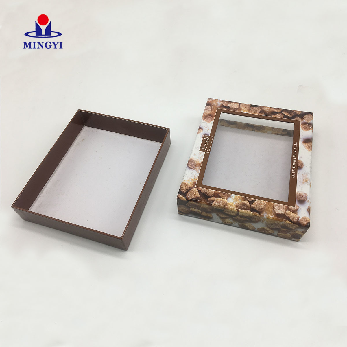 Customized cake packaing box with lid and best structure with PVC window luxury candle packaging